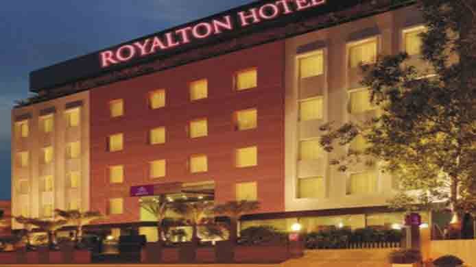Hyderabad Royalton Hotel Massage Girl